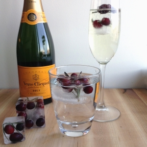 Christmas Drinks Perfect King Cubes Champagne