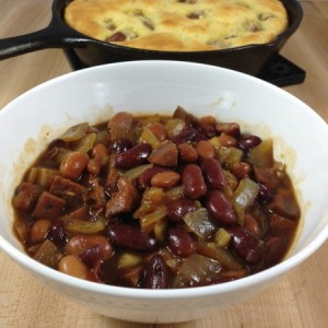 Texan Style Baked Beans with Skillet Bread