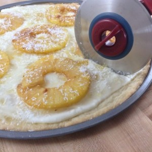 Pineapple Dessert Pizza Slicing 2