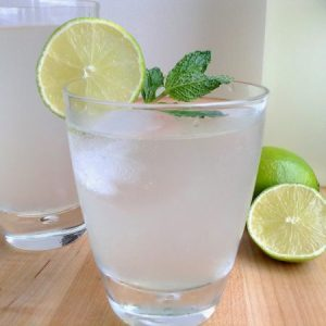 limeade-with-mint-glass