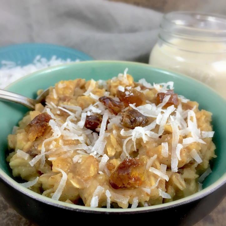 spiced-apple-date-oatmeal-main-image