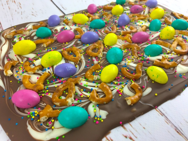 easter_egg_pretzel_bark_main