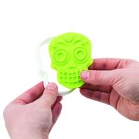81-22492_Sugar Skull Cookie Cutters_porthole 1