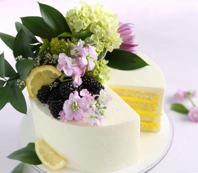 royal wedding cake recipe lemon elderflower inspired by the royal wedding cake lemon amp elderflower 19427