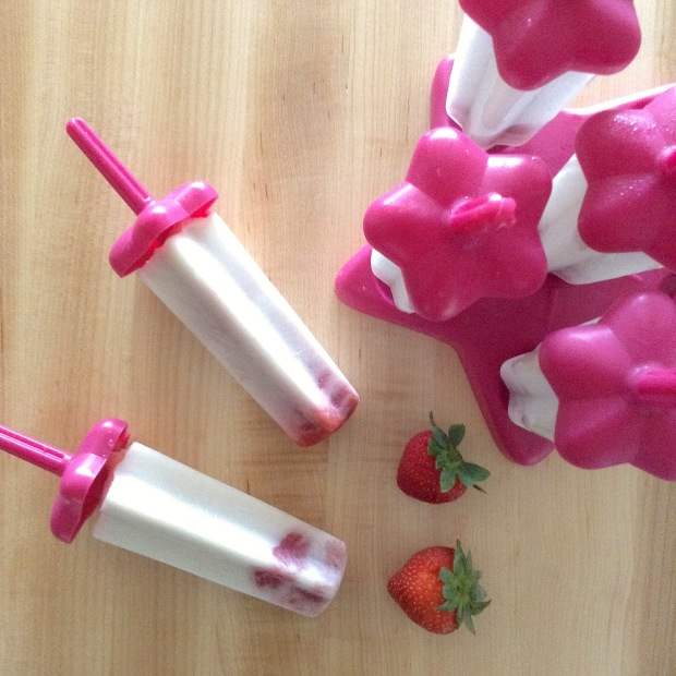 Strawberry Coconut Star Pops Main