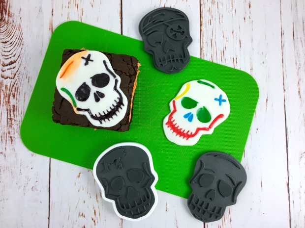 skull_brownie_sandwich_skulls