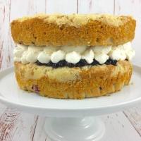 Apple & Blackberry Crumble Cake