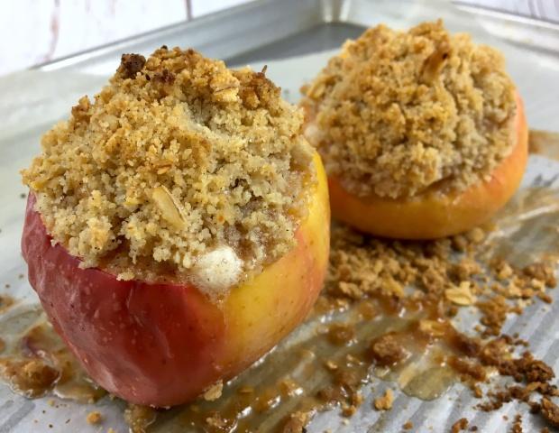 apple_crisp_baked_apples_baked_tray