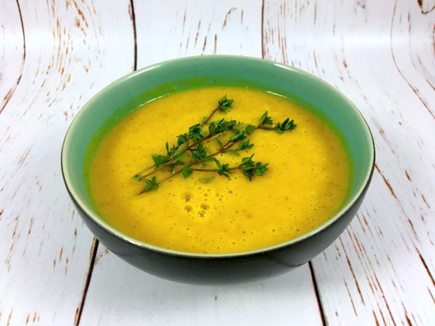 slow_cooker_butternut_squash_apple_soup_front